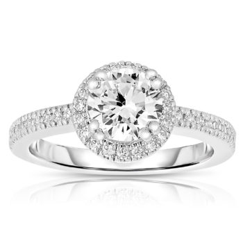 Flawless cubic Sterling Silver Round-cut Cubic Zirconia Ring